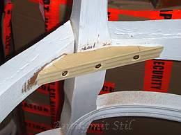 Antiker Stuhl - 2. Schritt der Restaurierung: Verstärkungen des Rahmens