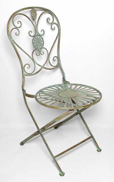 Klappstuhl aus Metall im Antik-Stil