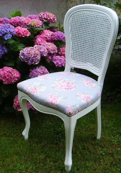 Stuhl Chippendale-Stil Shabby Vintage, weiss, neu gepolstert, Rosenstoff